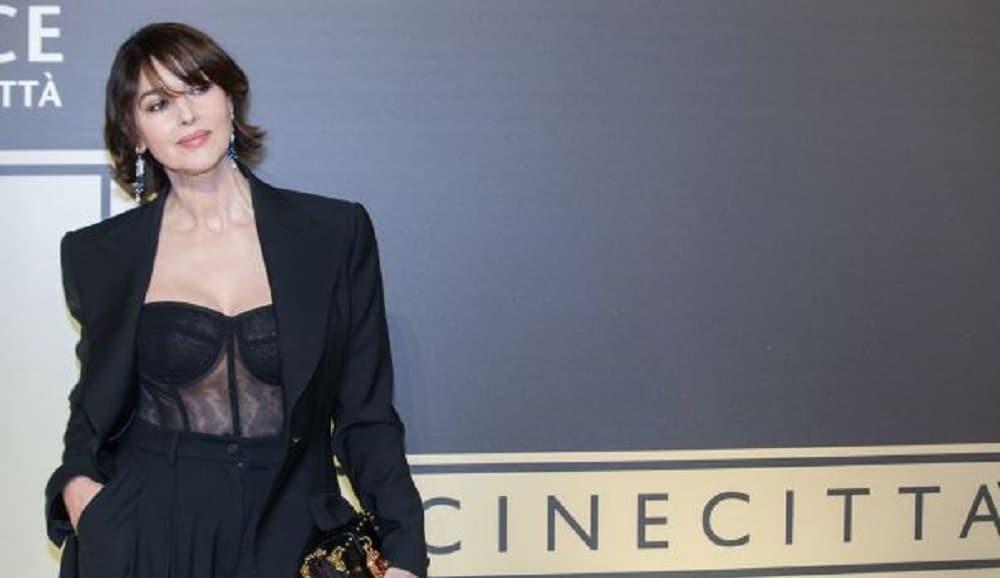 Monica Bellucci ultra sexy : ce haut transparent qui n'est pas passé inaperçu…