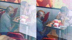 Demande en mariage dans un KFC