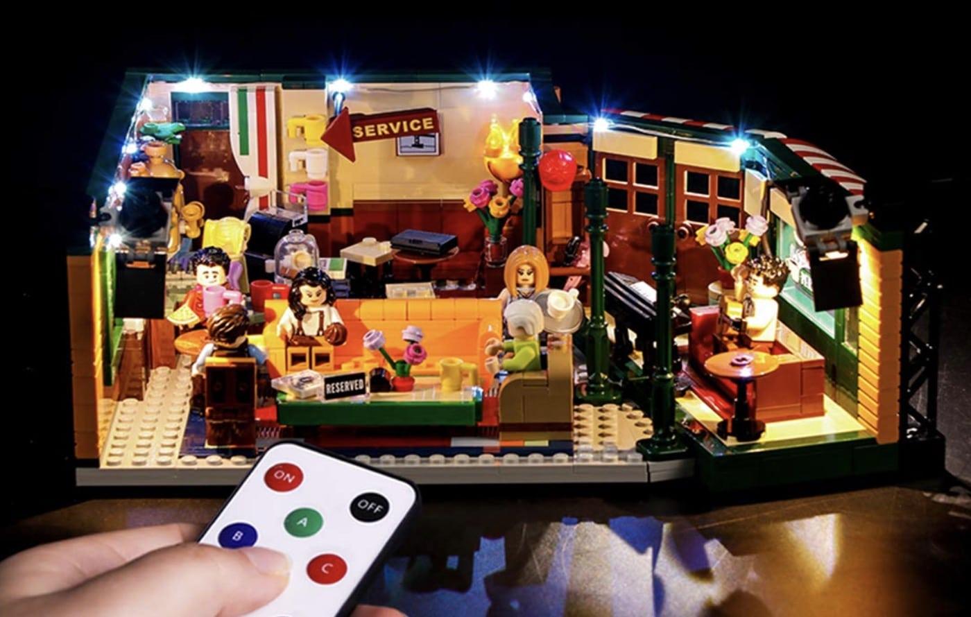 Alerte : ce Central Perk de Friends en version Lego est le cadeau qu'on veut voir sous notre sapin à Noël !