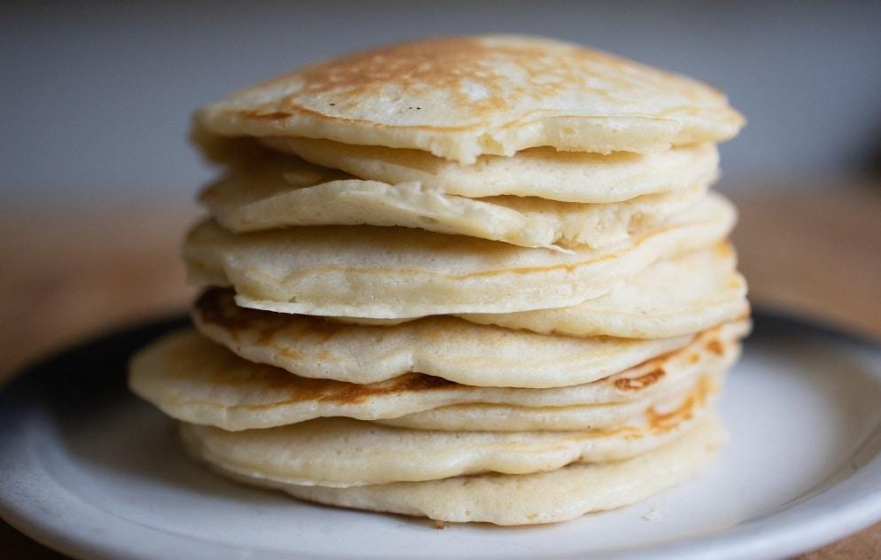 LA recette des pancakes à l'Américaine super épais et ultra moelleux !