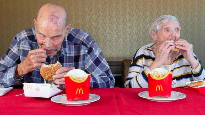 学法语——百岁老人首次品尝快餐