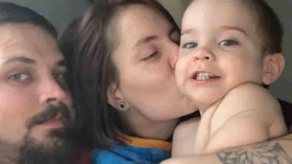 Un bébé est mort en retournant dans l'incendie de sa maison pour récupérer son chien