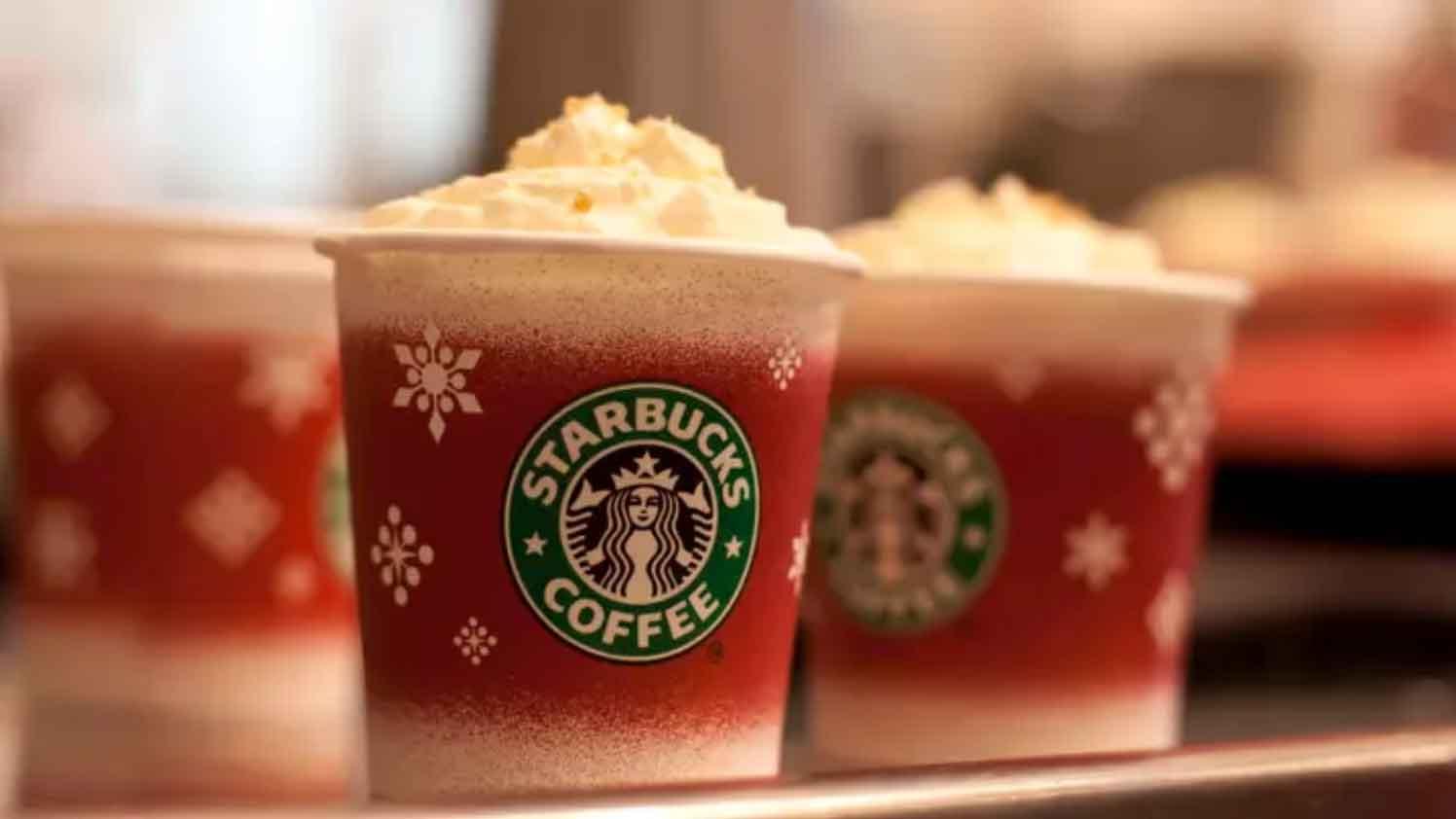 Les délicieuses boissons de Noël de Starbucks contiennent 23 cuillères de sucre: 3 fois plus qu'une canette de Coca