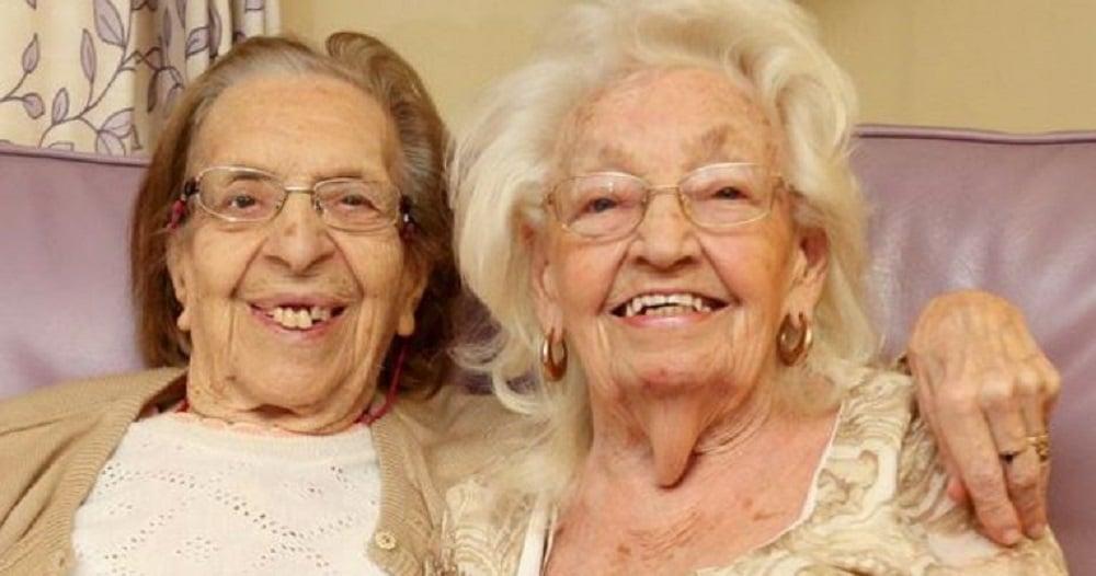 Les meilleures amies du monde ! Après 80 ans d'amitié, elles finissent dans la même maison de retraite