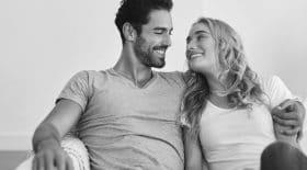 Les couples qui parlent caca seraient plus heureux
