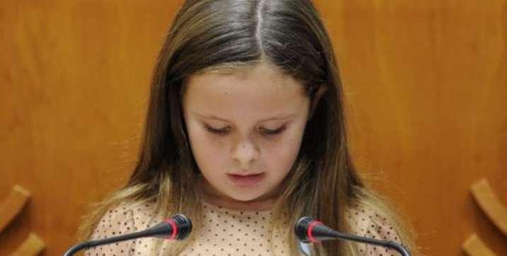 Le bouleversant discours de cette petite fille transgenre émeut la toile