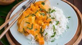 curry-thai-au-poulet-courge-et-patate-douce-une-recette-tout-en-douceur