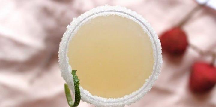 cocktail-de-champagne-litchis-gingembre-sensations-garanties