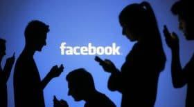 Une mère retrouve son fils sur un groupe Facebook.