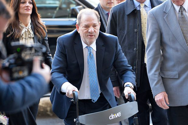 harvey weinstein fille tourne dos