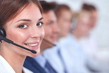 des conseillers téléphoniques