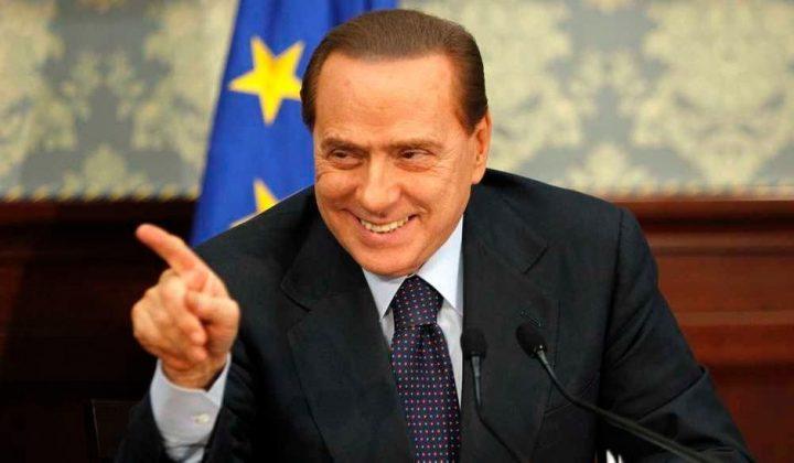 Berlusconi change de femme