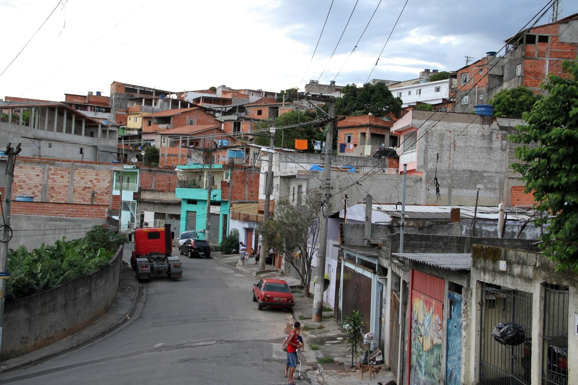Coronavirus: des gangs de Rio mettent en place des mesures strictes dans les favelas !