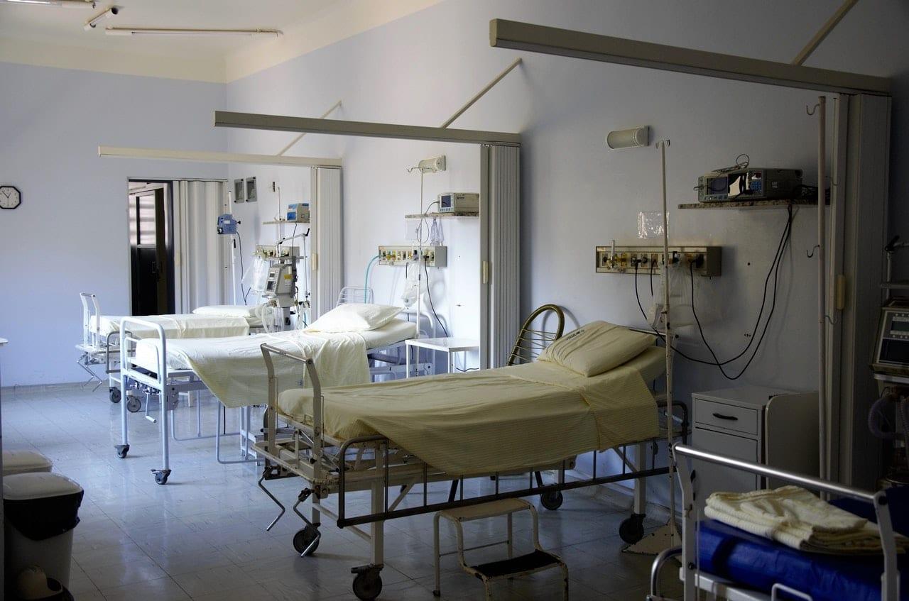 Coronavirus : une mère de 36 ans jugée «non prioritaire» décède dans des conditions infâmes