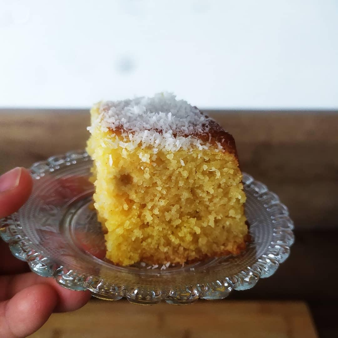 Dégustez un bon gâteau de semoule simple et rapide à faire !