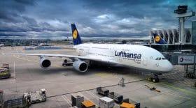 Un avion Lufthansa dessine un pénis dans le ciel