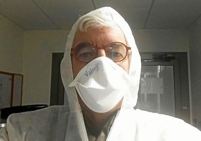Coronavirus : Après avoir «scellé des cercueils», ce maire breton lance un appel choc ! (vidéo)