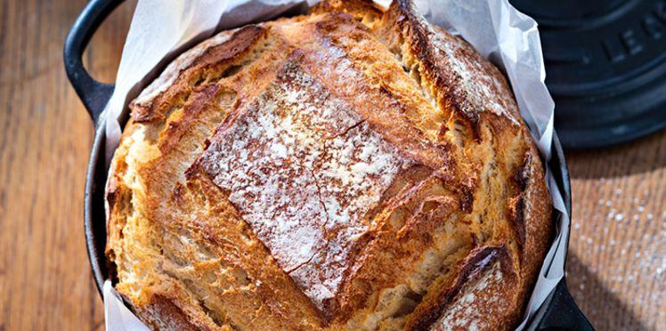 Le pain à la cocotte : la recette savoureuse et facile d'un pain maison bien doré !