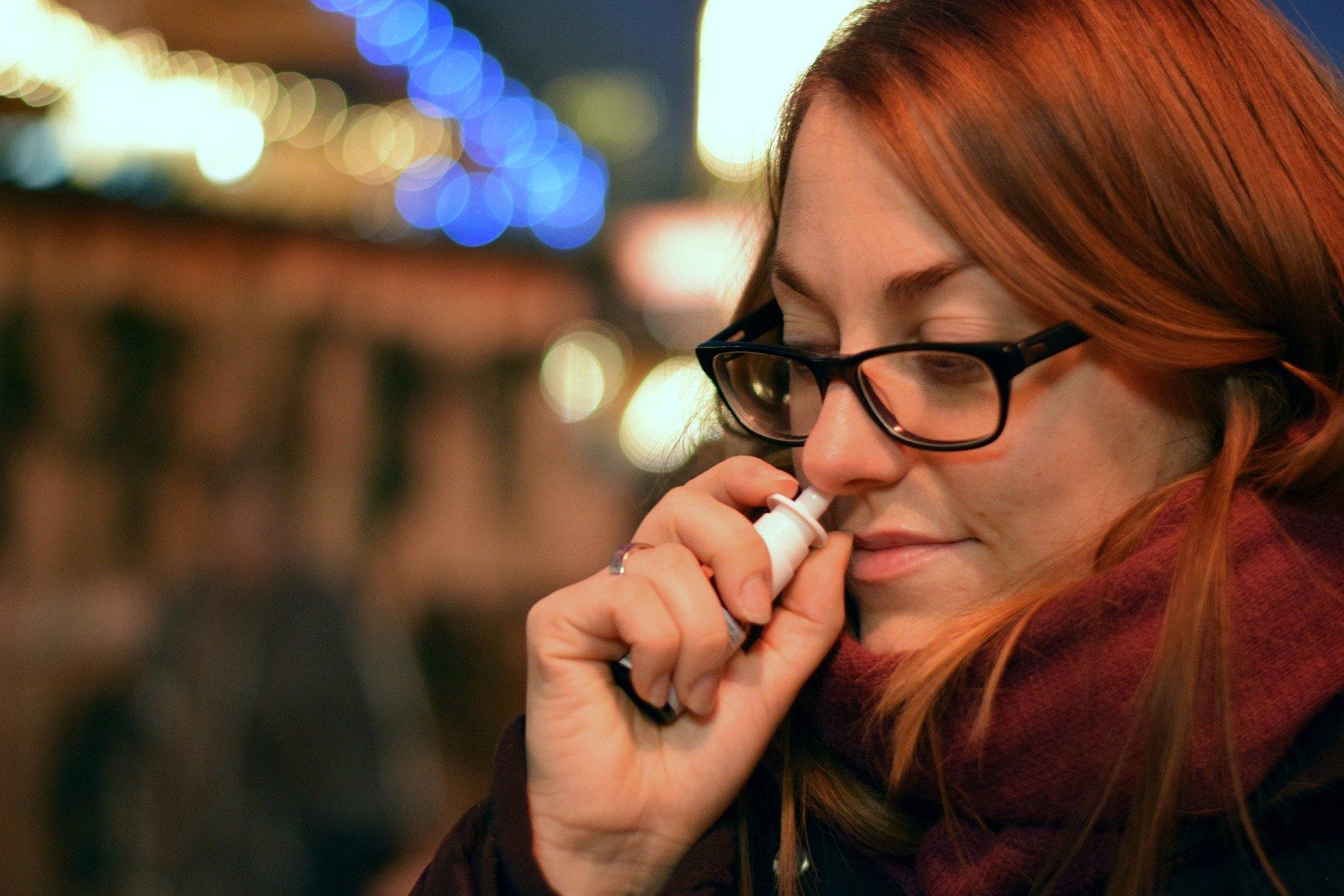 Coronavirus : Attention, n'utilisez pas de spray nasal !