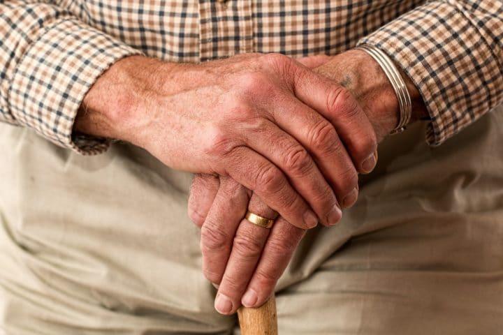 Quand le déconfinement pour les personnes âgées ?