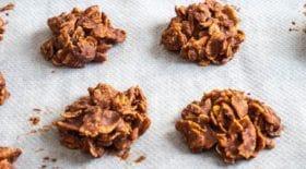 Si vous avez envie d'un biscuit croquant et délicieusement chocolaté, découvrez la recette ultra facile des roses de sable