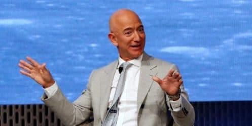 Qui sera le premier billionaire au monde ? Des analystes pronostiquent