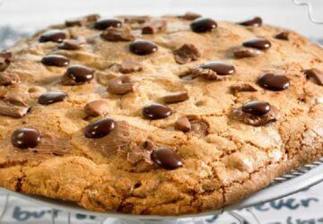 recette-du-cookie-geant-ca-croque-enormement