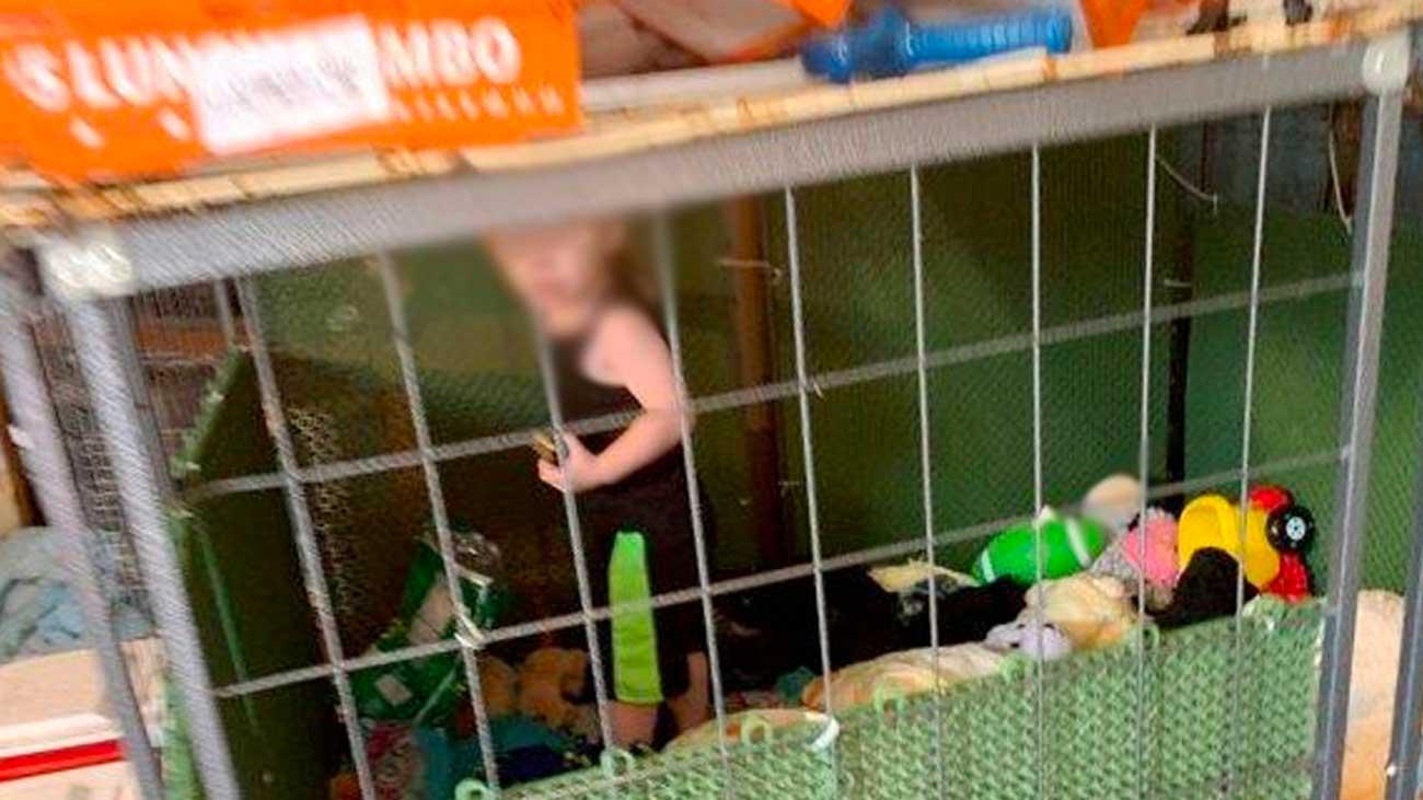 Un bébé retrouvé enfermé dans une cage au milieu de 600 animaux