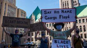 Une manifestation aux Etats-Unis en soutien à George Floyd