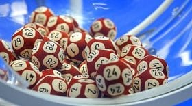 une femme gagne deux fois au loto!