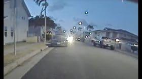 Une Tesla Model 3 filme une météorite
