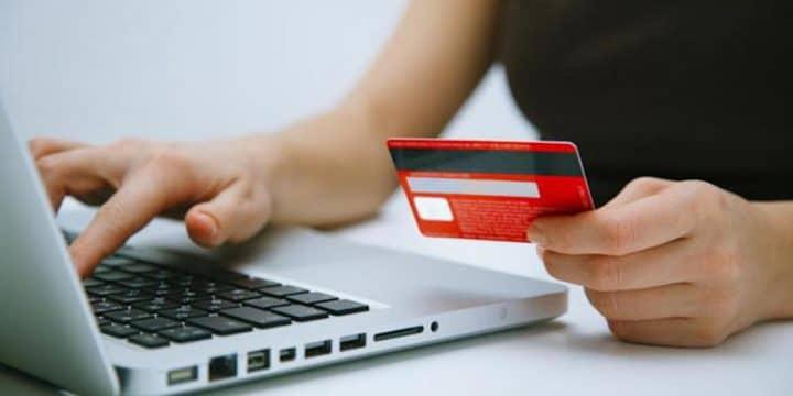 arnaque en ligne ; déterminer si un site internet est fiable ou pas