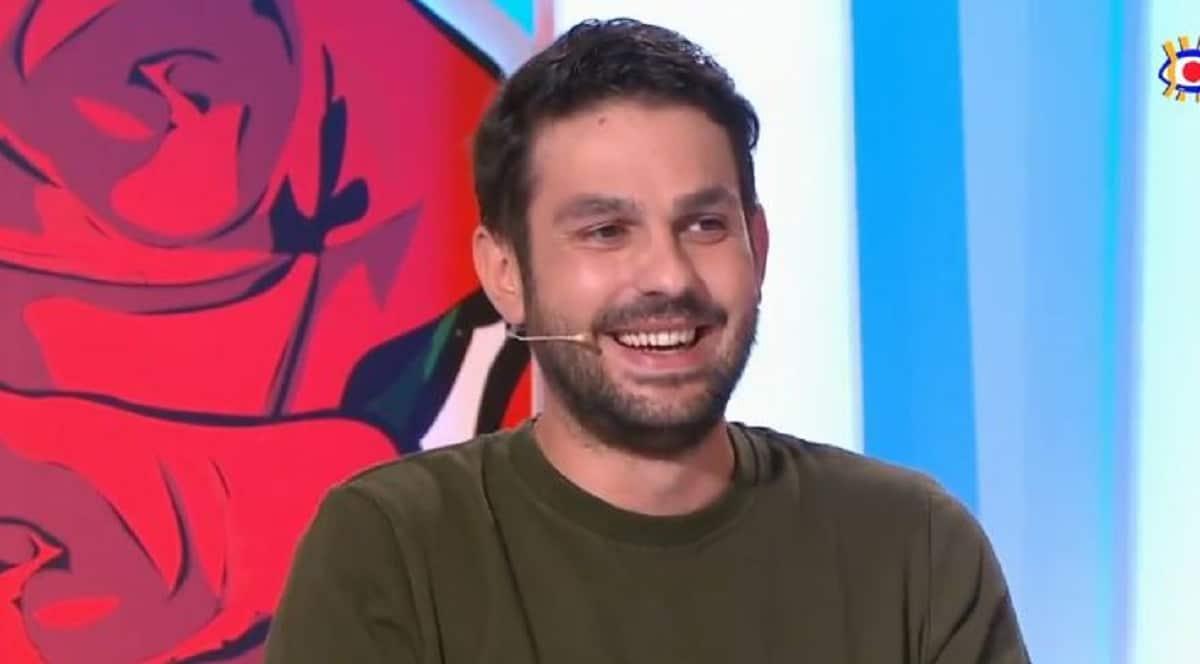 Les Z'amours : un couple surpris en plein acte laisse Bruno Guillon sans voix !