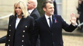 La posture de Brigitte Macron fait rire