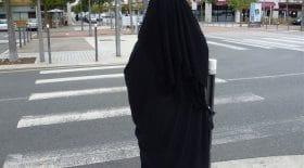 Une femme écope de 2 mois de prison pour avoir refusé d'enlever son niqab
