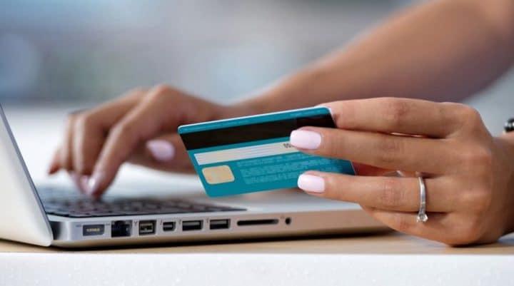 paiement en ligne fraudes carte bancaire baisse