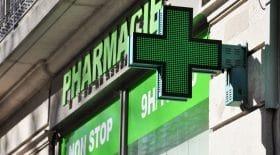 Une pharmacienne donne son avis sur le port du masque obligatoire