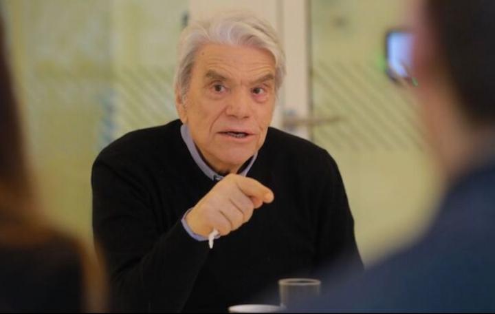 Bernard Tapie: On essaye de lui couper l'électricité, il s'insurge !
