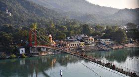 Une Française arrêtée en Inde pour s'être filmée nue sur un pont sacré