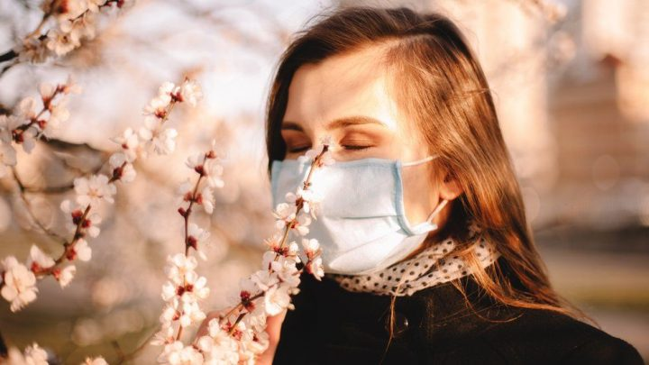 La perte d'odeur serait un symptôme rassurant — Coronavirus