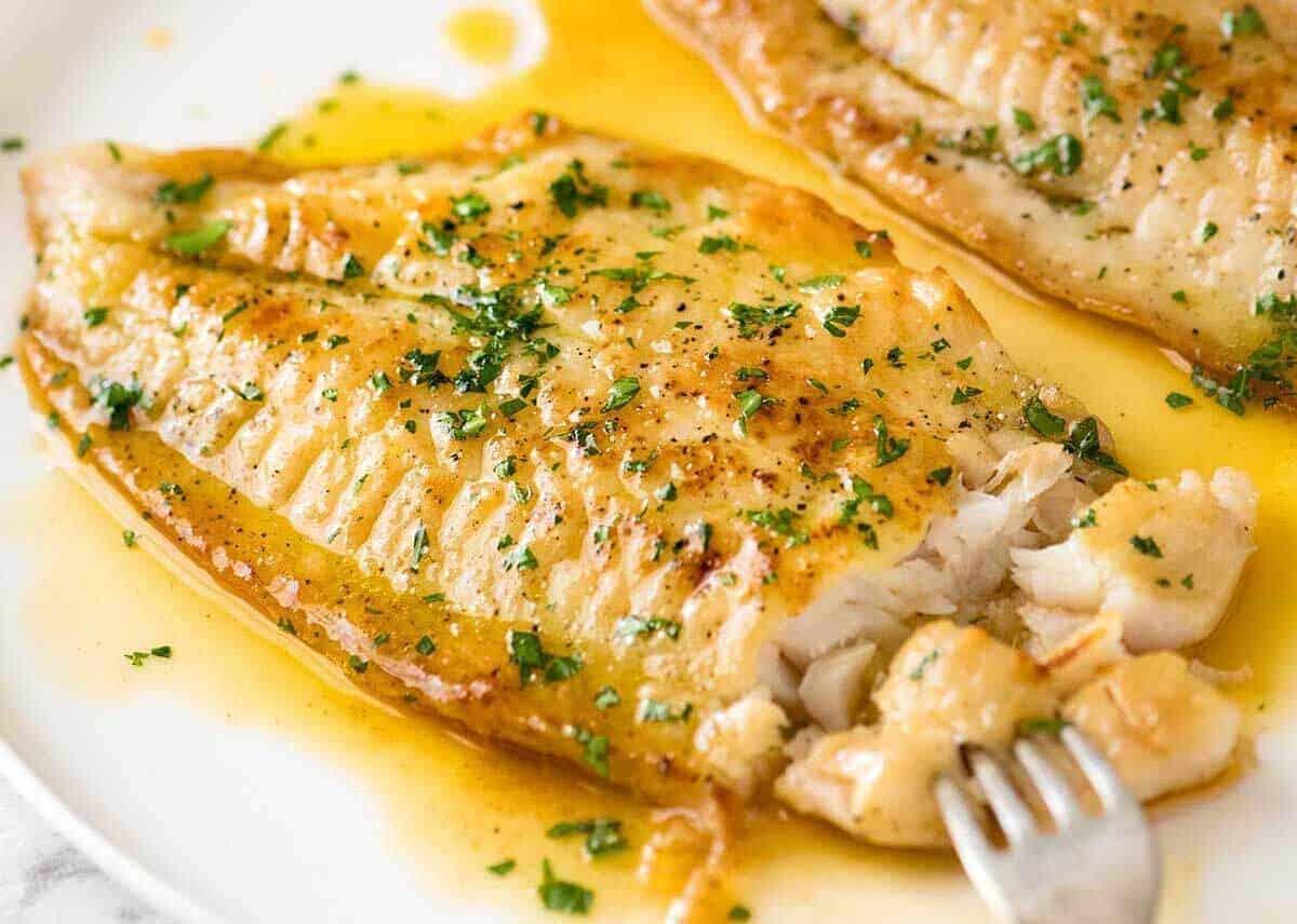Découvrez la recette des filets de colin sauce beurre et ...