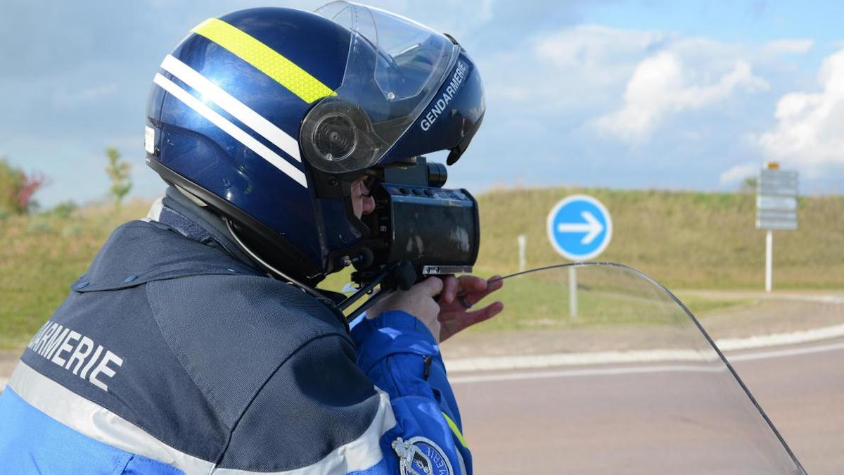 Sans permis, il se fait flasher à 189 km/h sur une route à 80 km/h !
