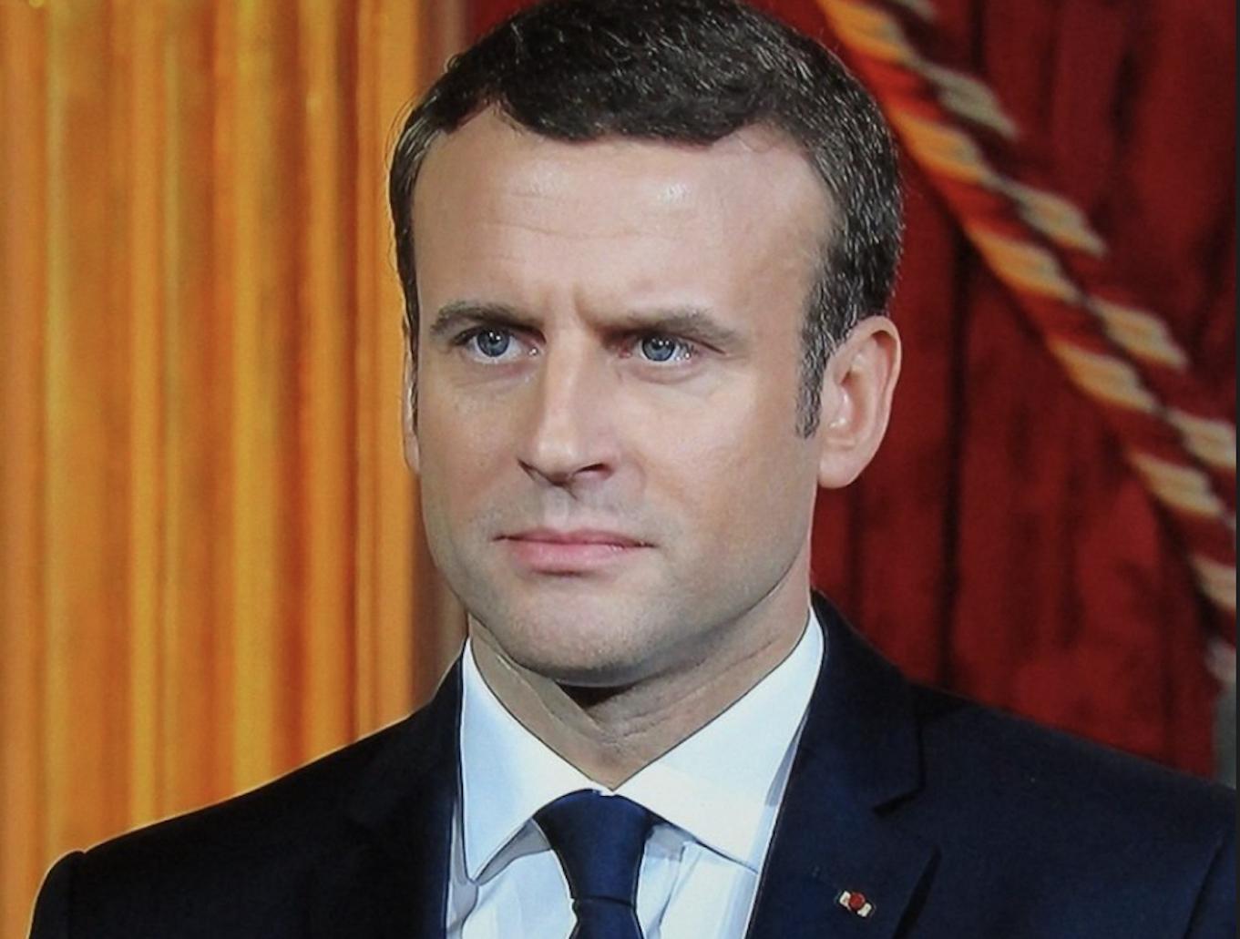 """""""Rien ne nous fera reculer"""" : La déclaration d'Emmanuel Macron face à la colère des pays musulmans"""
