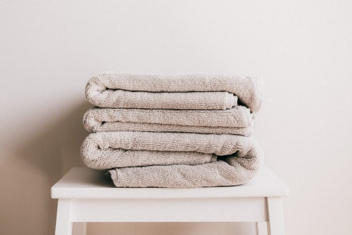 Santé : changer serviettes douche