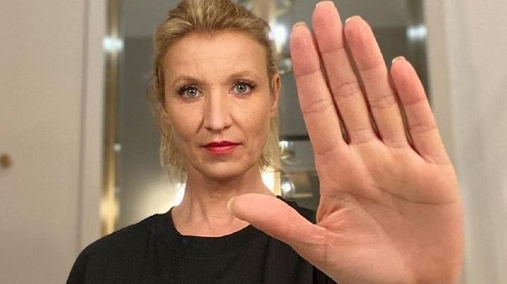 alexandra-lamy-elle-soutient-la-police-dans-un-tweet-et-se-fait-atomiser-toile
