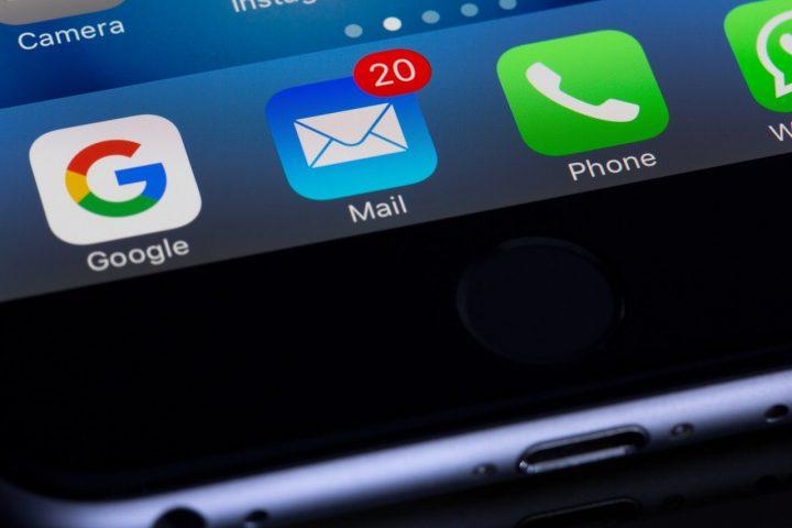 Arnaque aux mails