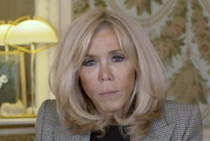 Brigitte Macron travaille sur l'opération pièces jaunes