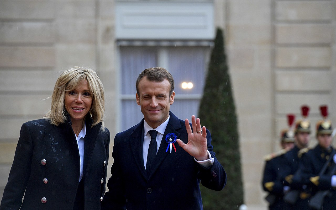 Emmanuel Macron : révélations sur ses escapades de jeunesse chez Brigitte et… son mari !