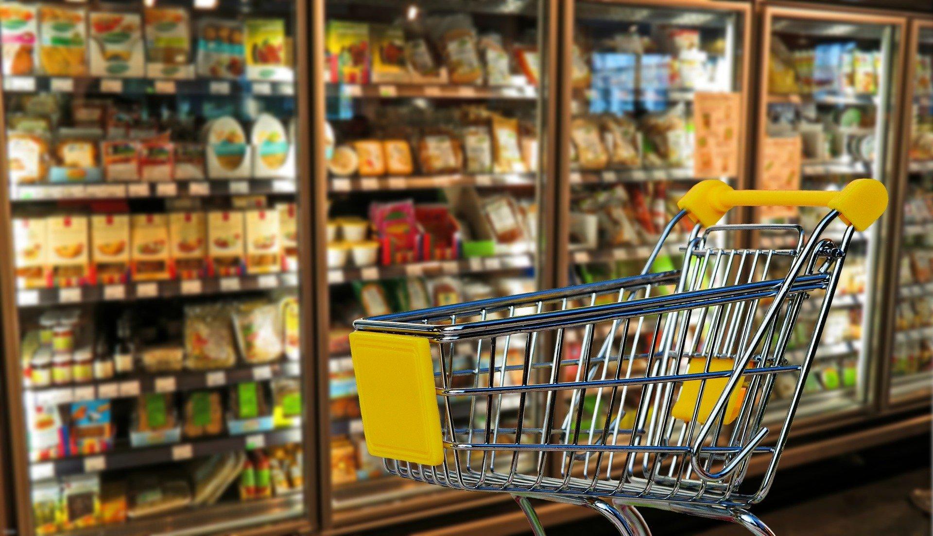 Supermarchés : Les rayons non-essentiels pourront-ils rouvrir ?