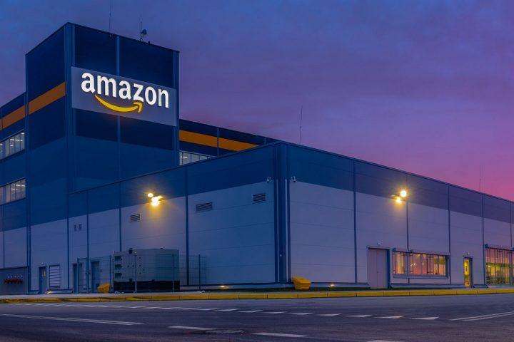 Plusieurs élus et associations réclament un Noël sans Amazon